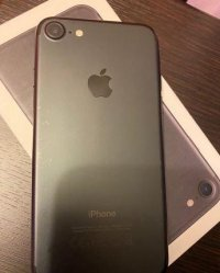 Телефон iPhone 7 32gb